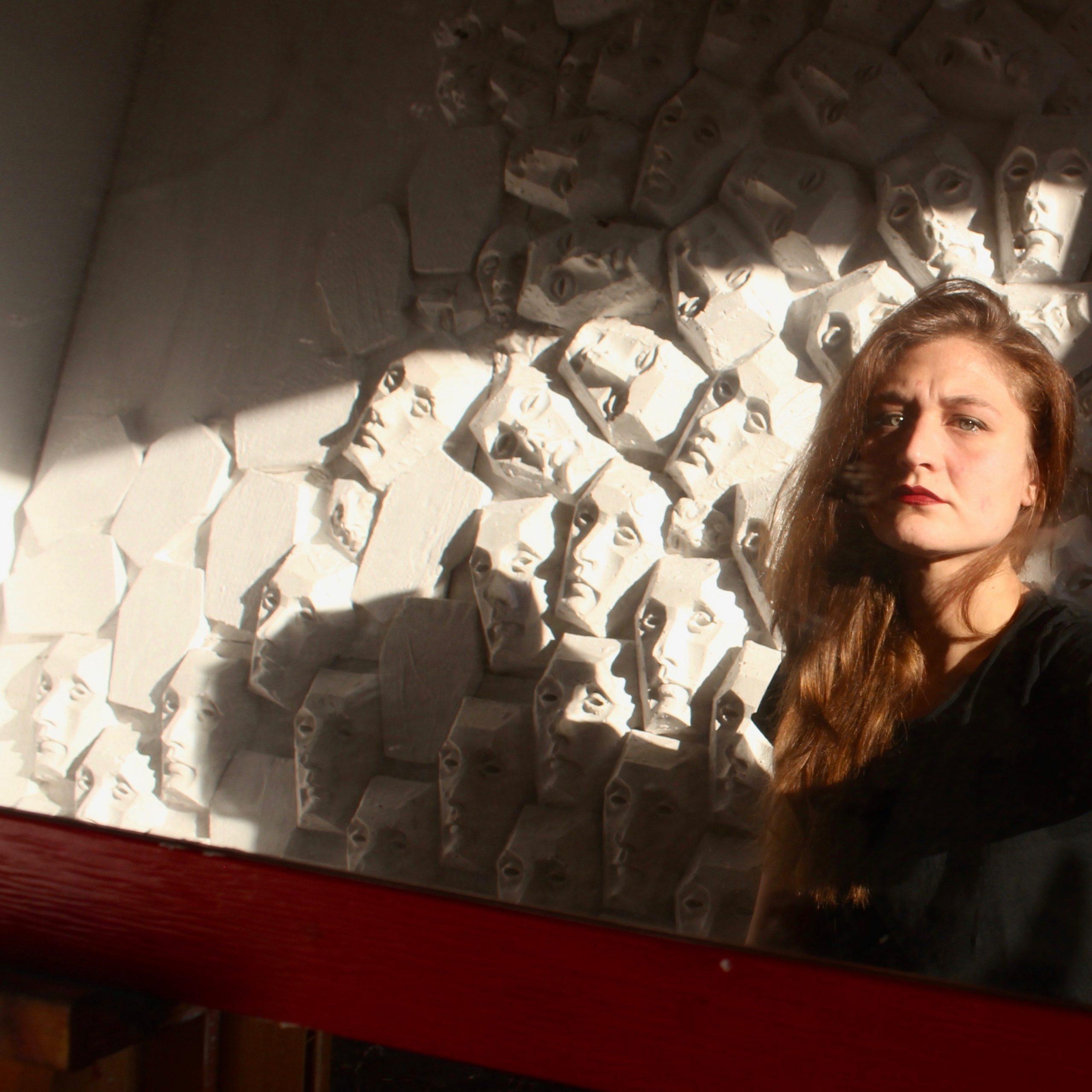 Ritratto e anamorfosi: intervista a Emilia Maria Chiara Petri